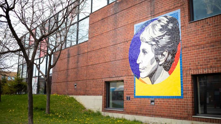 Murale à l'effigie de Janine Sutto