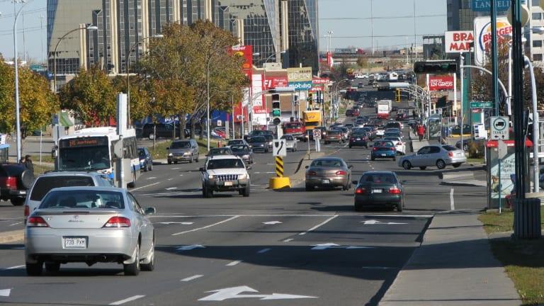 Intersection de la rue Jean-Talon Est et du boulevard Langelier