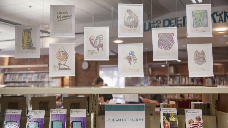 Section Réjean Ducharme dans la bibliothèque qui porte son nom