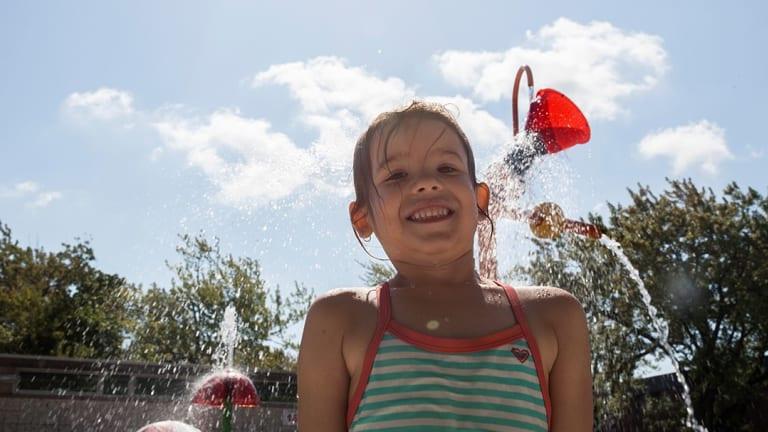 Aire de jeux d'eau à Pierrefonds-Roxboro