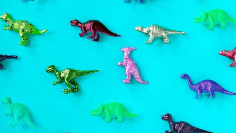 Dinosaures jouets