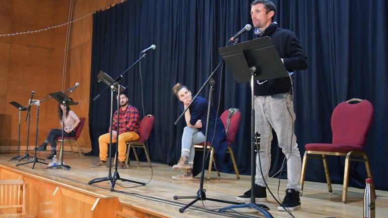 Théâtre-Conférence. Voyage au centre de la scène: Étienne Lepage