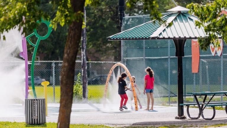 Les jeux d'eau au parc Luigi-Pirandello