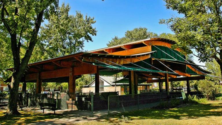 Abri de l'aire de bocce - Parc Nicolas-Tillemont