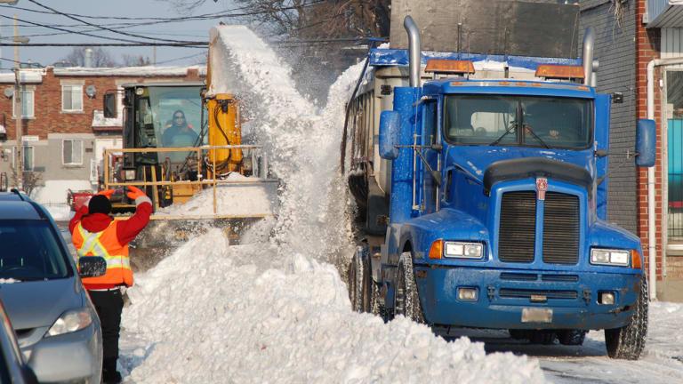 Opération de chargement de neige à VSP