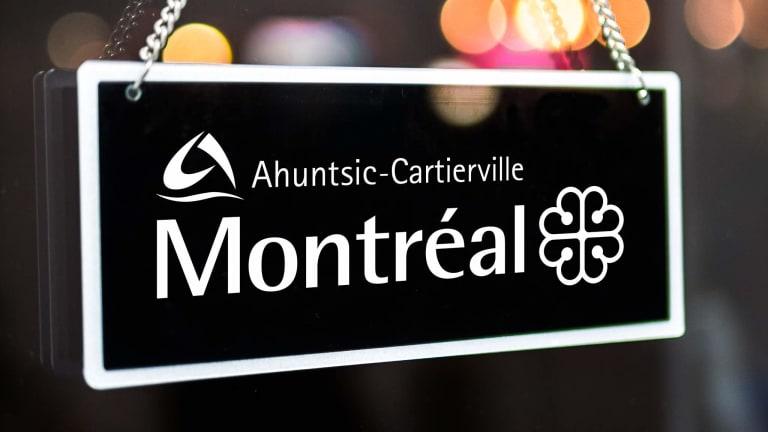 Aperçu d'une affiche ouvert/fermé de l'arrondissement d'Ahuntsic-Cartierville