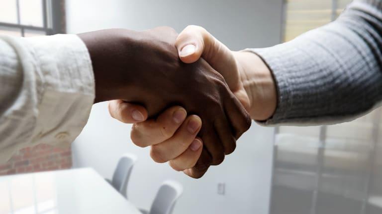 Conseils et astuces pour une entrevue d'embauche par vidéoconférence.