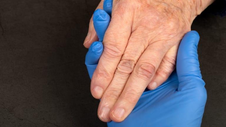 Main dans la main pour un soutien psychosociale