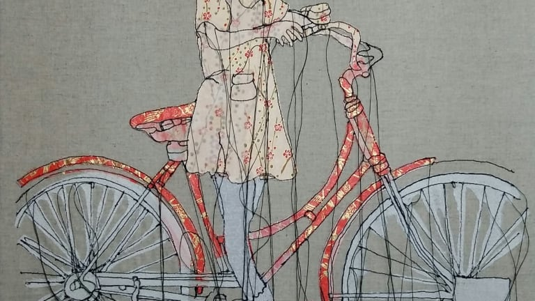 Dessin d'un enfant à bicyclette avec des fils qui pendent