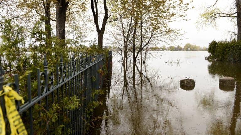 Crue des eaux printanière en 2017 dans Ahuntsic-Cartierville, Montréal.