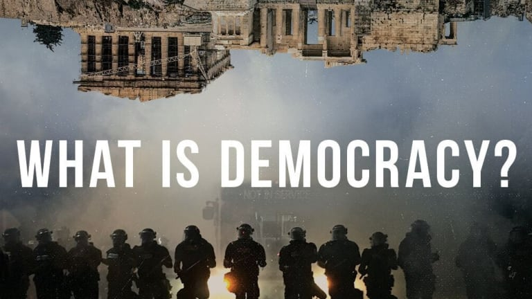 affiche du film : what is democracy