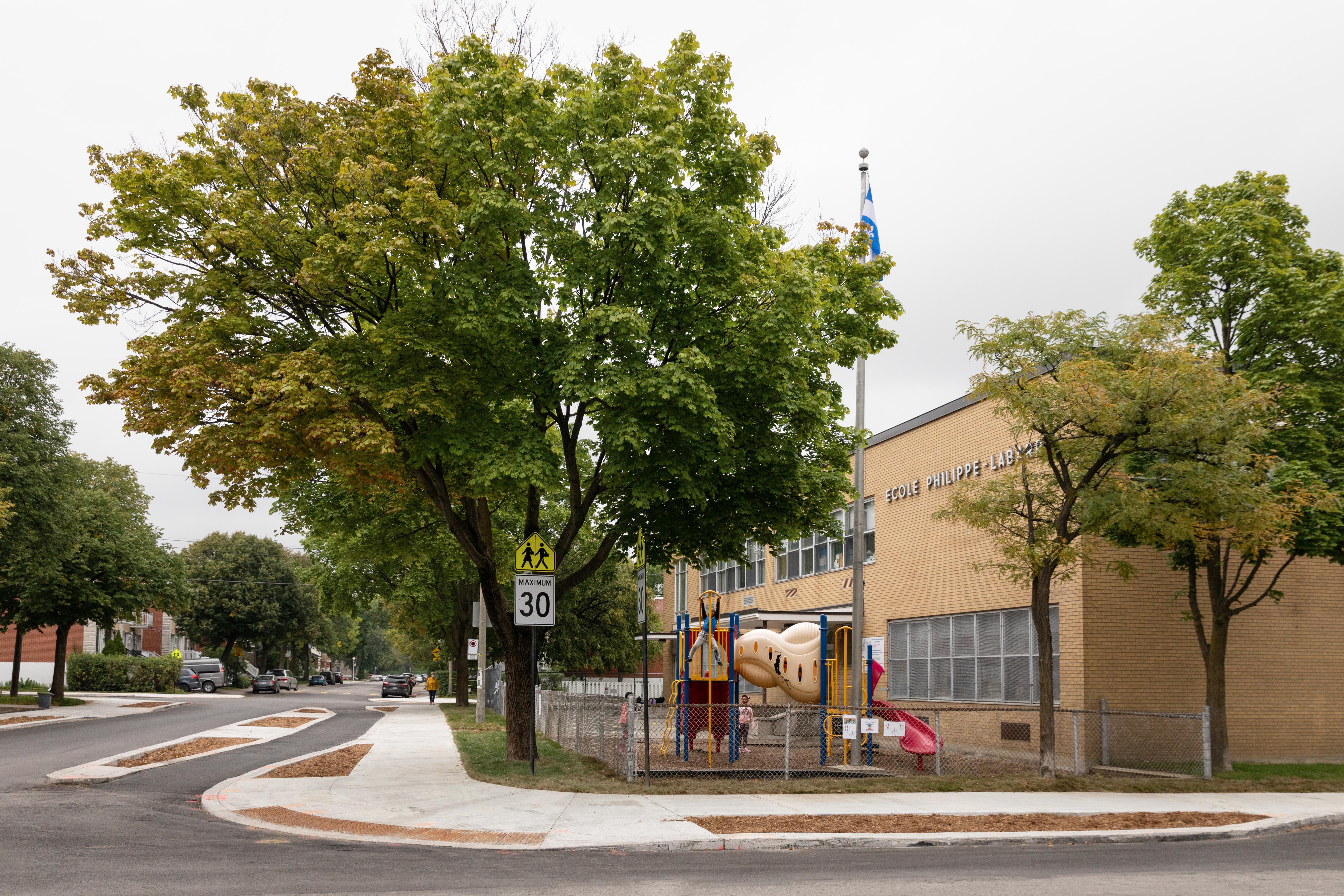 Sécurisation aux abords d'une école