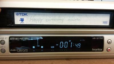 Videokassette steckt im Recorder fest