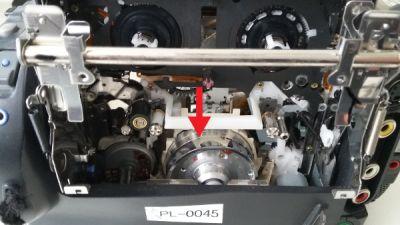 Kopftrommel Hi8-Camcorder von Hand reinigen