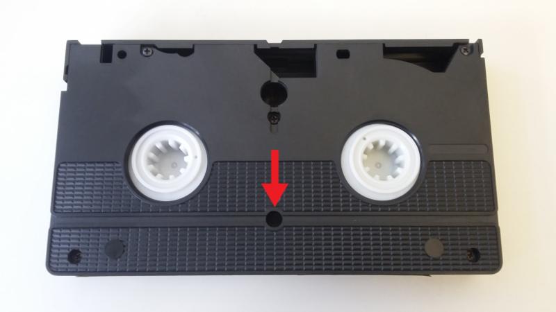 Arretiermechanismus einer VHS-Kassette