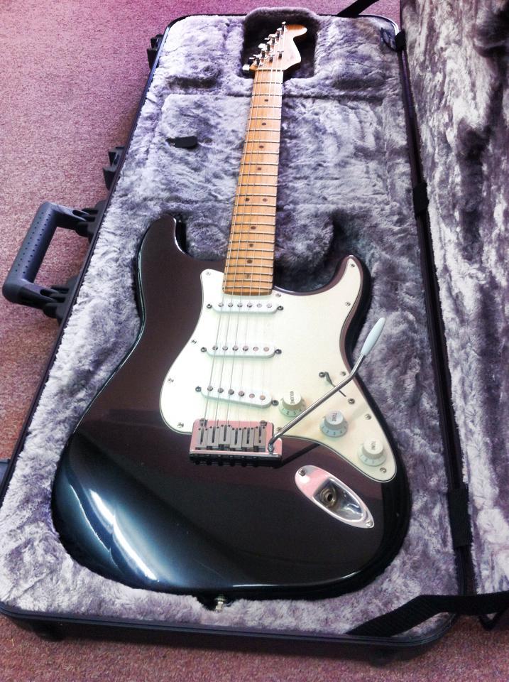 גיטרה וינטג' תל אביב, גיטרה וינטג', Fender stratocaster