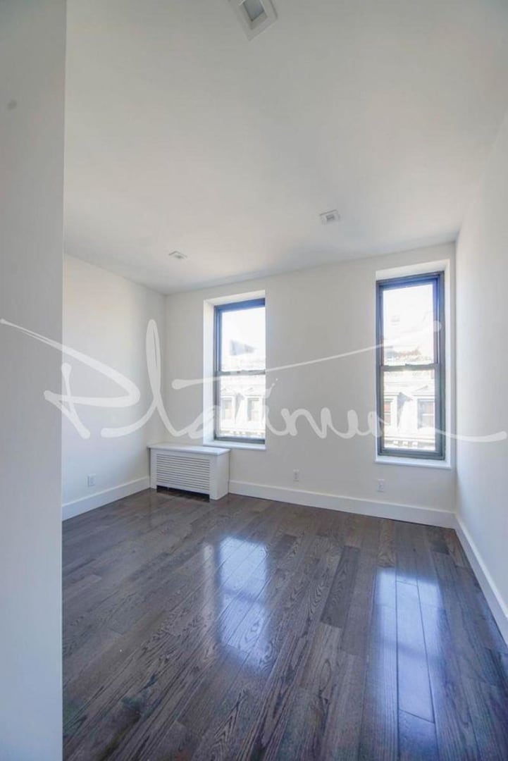 photo of 140 Orchard Street  ·  4