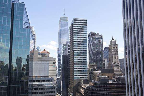 photo of 781 Fifth Avenue  ·  2011