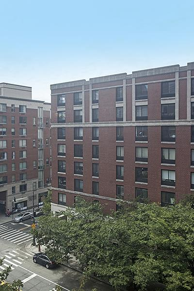 photo of 280 Rector Place  ·  7-H