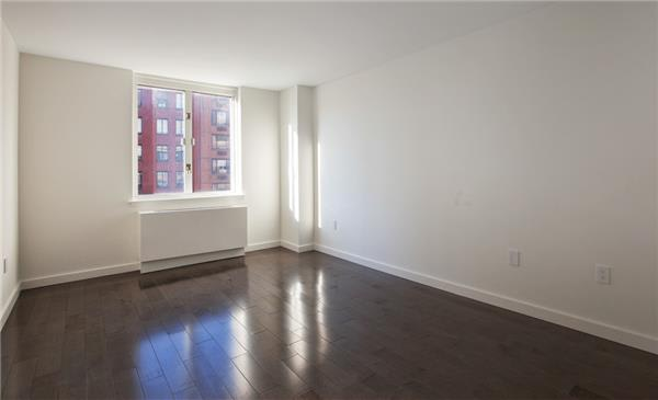 photo of 225 Rector Place  ·  7-P
