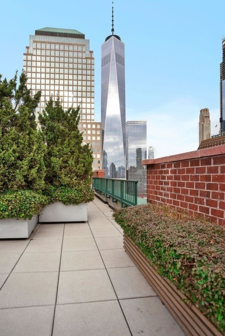 photo of 225 Rector Place  ·  19-H
