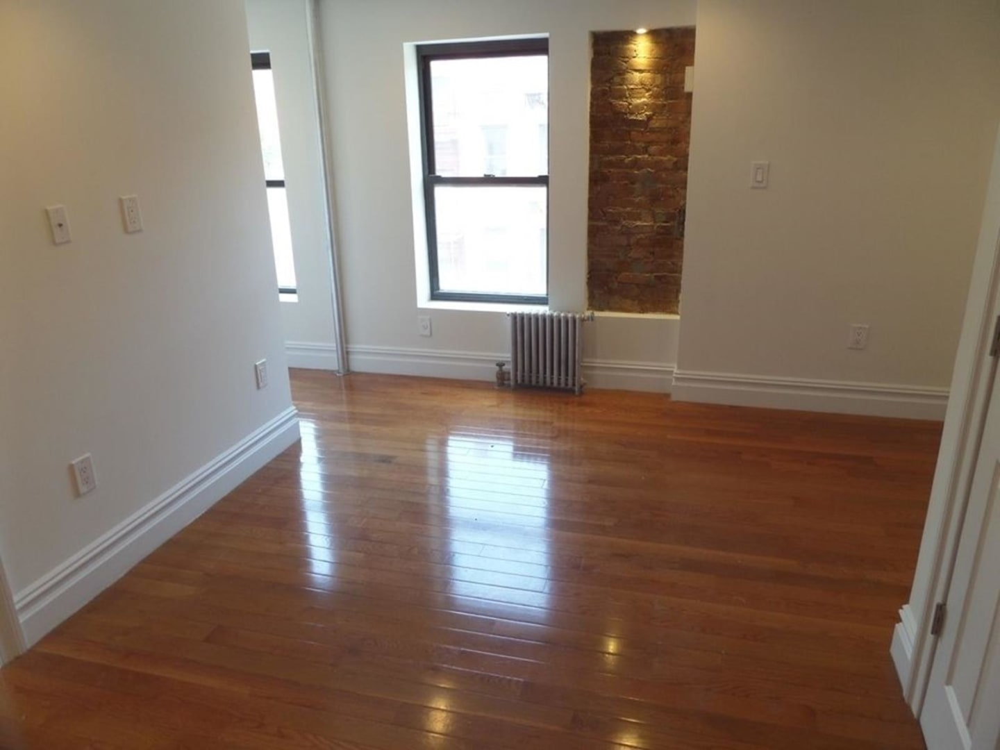 photo of 86 East 7th Street  ·  6