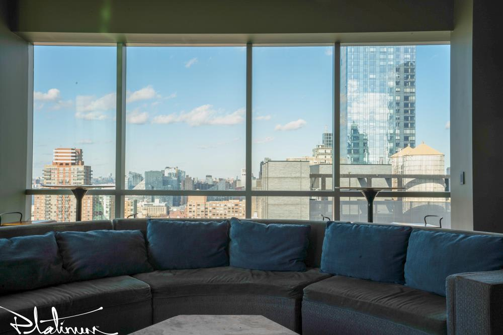 photo of 505 West 37th Street  ·  1710