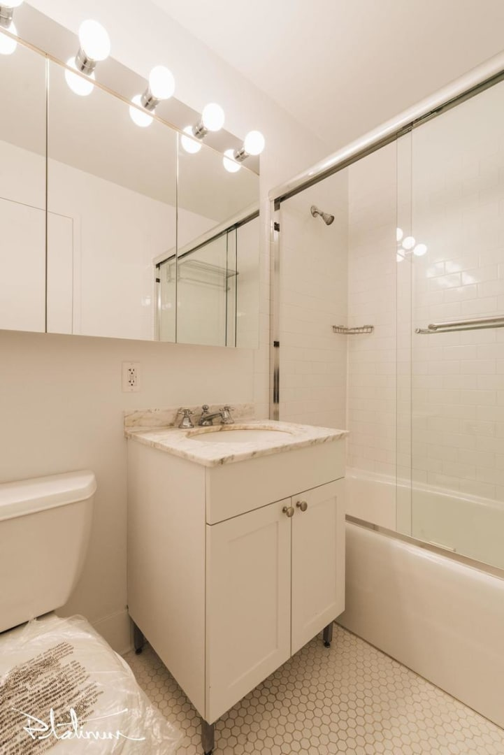 photo of 2 Gold Street  ·  28A