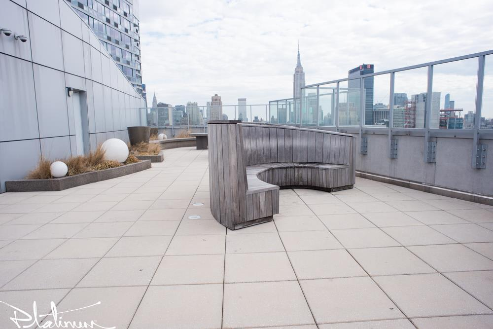 photo of 455 West 37th Street  ·  731