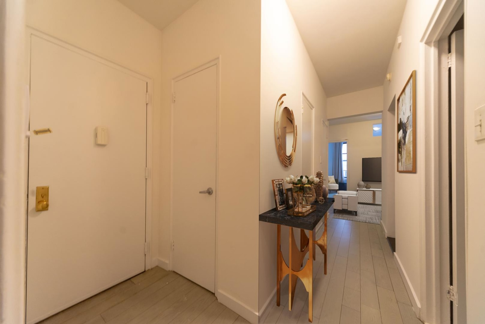 photo of 210 East 38th Street  ·  2-D