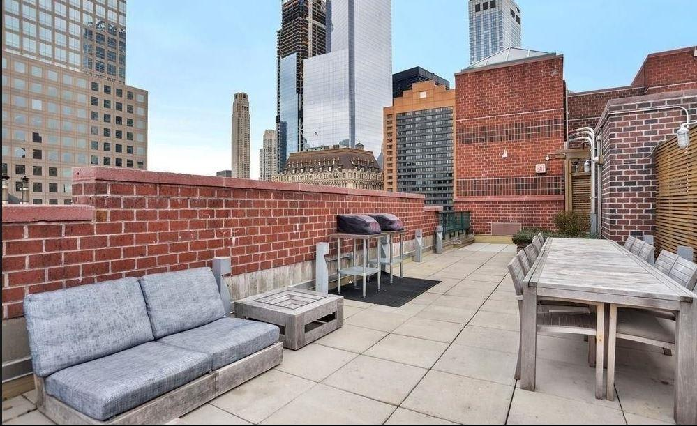 photo of 225 Rector Place  ·  4-D