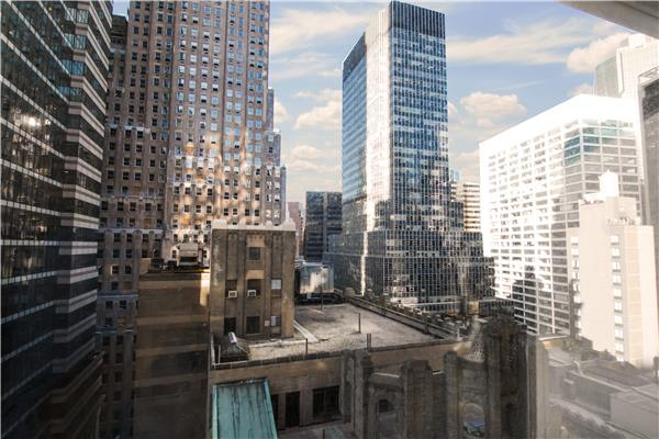 photo of 67 Wall Street  ·  19-D