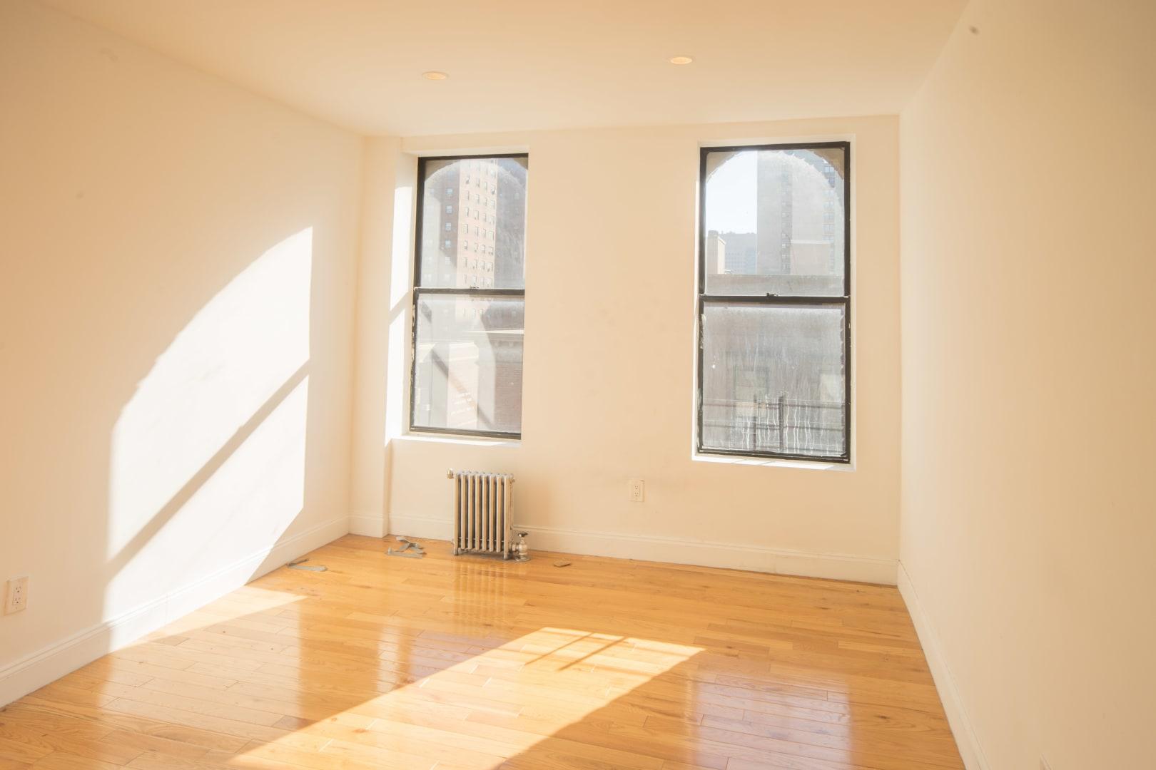photo of 23 East 109th Street  ·  6-J