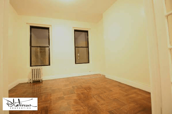 photo of 715 East 5th Street  ·  3-A