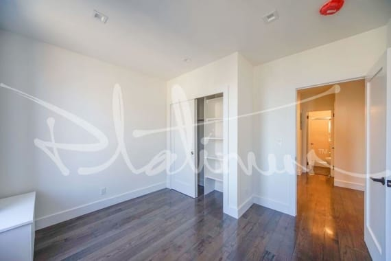 photo of 140 Orchard Street  ·  11