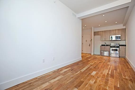 photo of 31-33 Second Avenue  ·  4-A