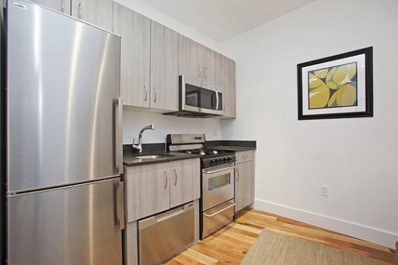 photo of 31-33 Second Avenue  ·  6-A