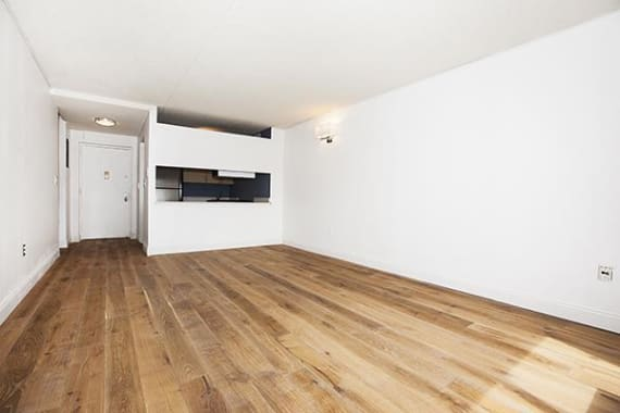 photo of 300 Rector Place  ·  8-C