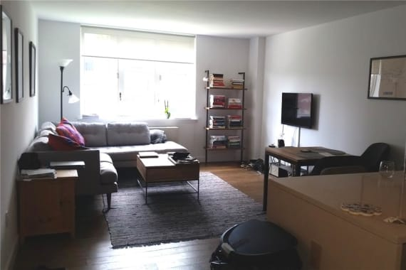 photo of 225 Rector Place  ·  8-R