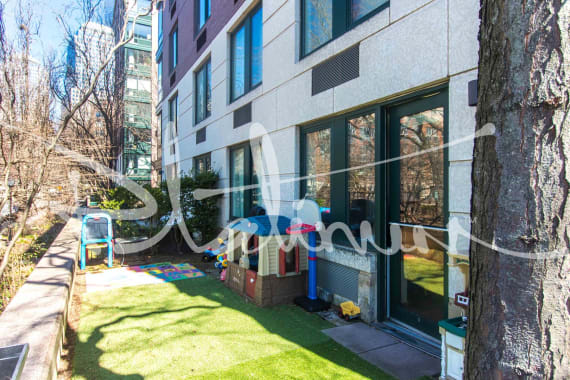 photo of 70 Battery Place  ·  114