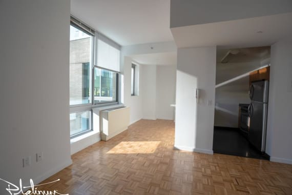 photo of 455 West 37th Street  ·  718
