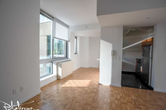 photo of 455 West 37th Street  ·  305