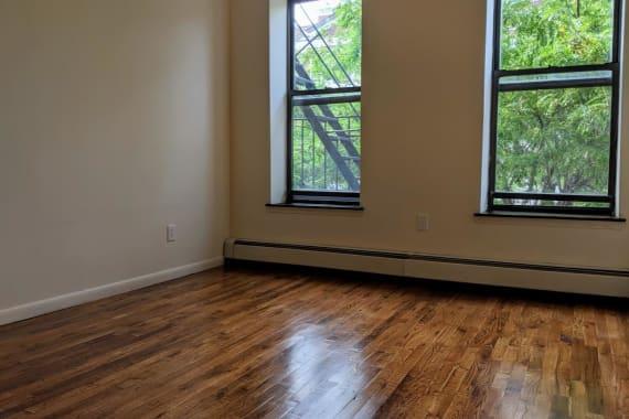 photo of 503 East 116th Street  ·  2-B