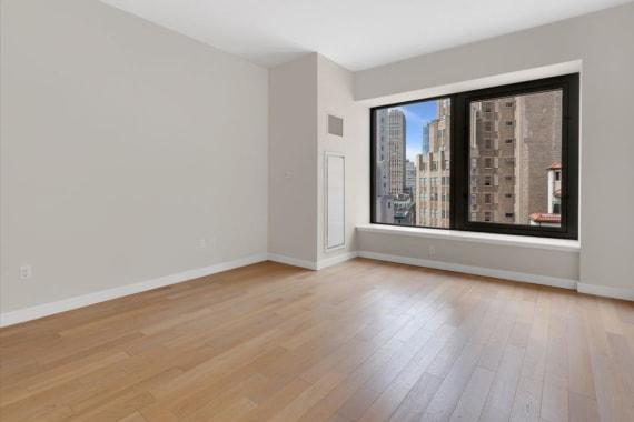 photo of 75 Wall Street  ·  34-L