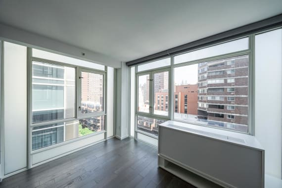 photo of 385 First Avenue  ·  16-B