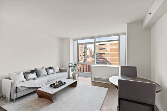 photo of 385 First Avenue  ·  20-B