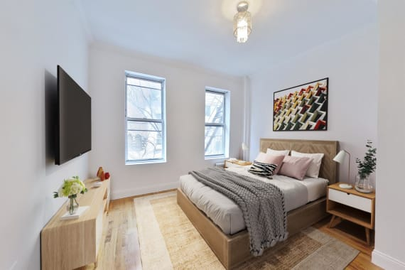 photo of 15A West 64th Street  ·  2-A
