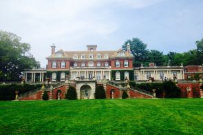 Escape to the Island: Old Westbury Gardens