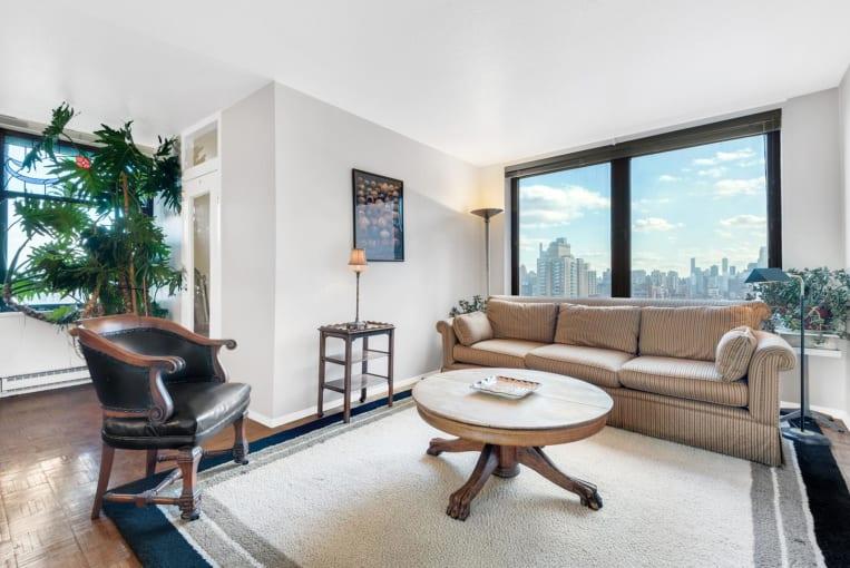 1601 Third Avenue Upper East Side