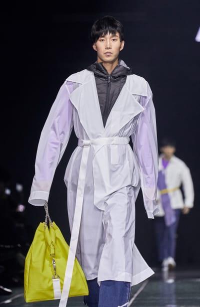 "Catwalk ""Statement N°3"" - Harbin Fashion Week looks - © Visual Society"
